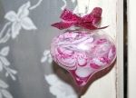 Learn how to this was made in Glass Glitter Ornament class