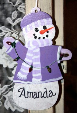 Make your own personalized snowperson ornament on Dec 5.